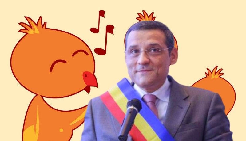 Na de ilyet! Dicsőítő nótát írt polgármesterének egy önkormányzati képviselő (VIDEÓval)