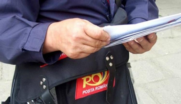 Isten hozott a 19. században: van olyan romániai település, ahol online oktatás helyett a postás viszi ki a tananyagot