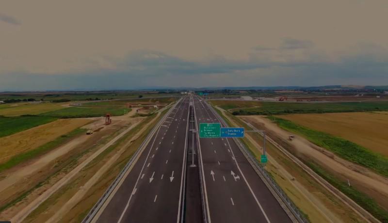 Olyan rövid az idén átadott első autópálya-szakasz, hogy egy laza sétával el lehetne jutni az egyik végétől a másikig