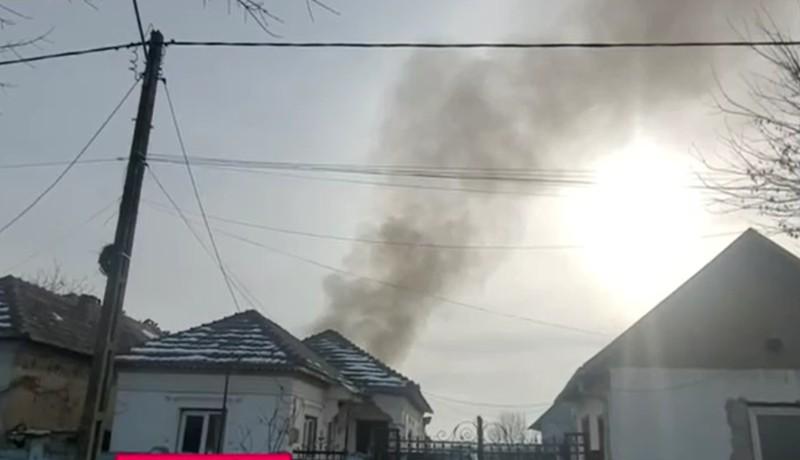A falusiak békésen égették a szemetüket egy mezőn, de váratlanul arra ment a környezetvédelmi miniszter…