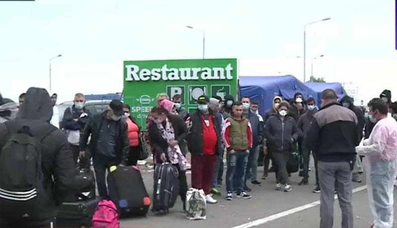 Káosz a határon: sokakat tévedésből zártak karanténba