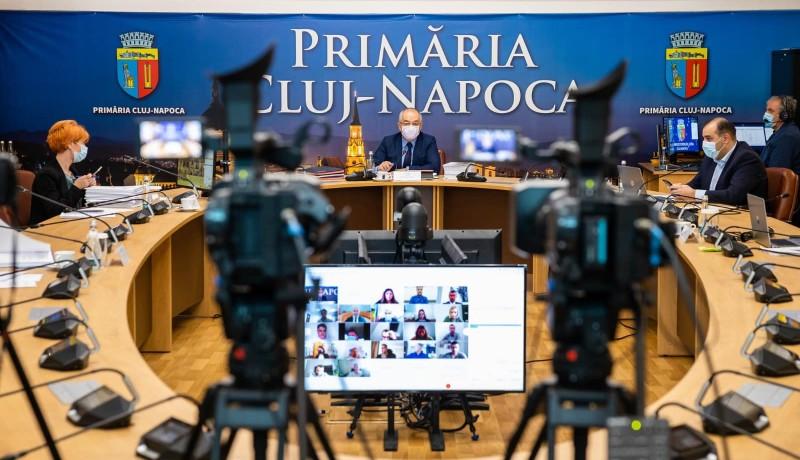 Lusta munkatársaik miatt lázadoznak a közszolgák a kolozsvári városházán
