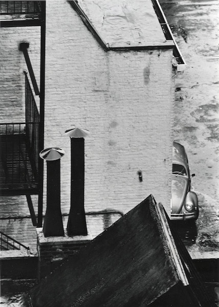 André Kertész, Rooftops, bij Gallery Fifty one