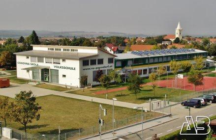 Luftbild der VS Parndorf