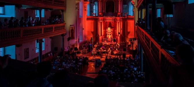 Die Prinzen rocken die Neustädter Kirche