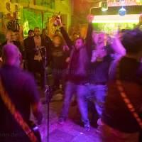 """Beim Punkkonzert mit """"The AYILAR"""" (Istanbul)"""