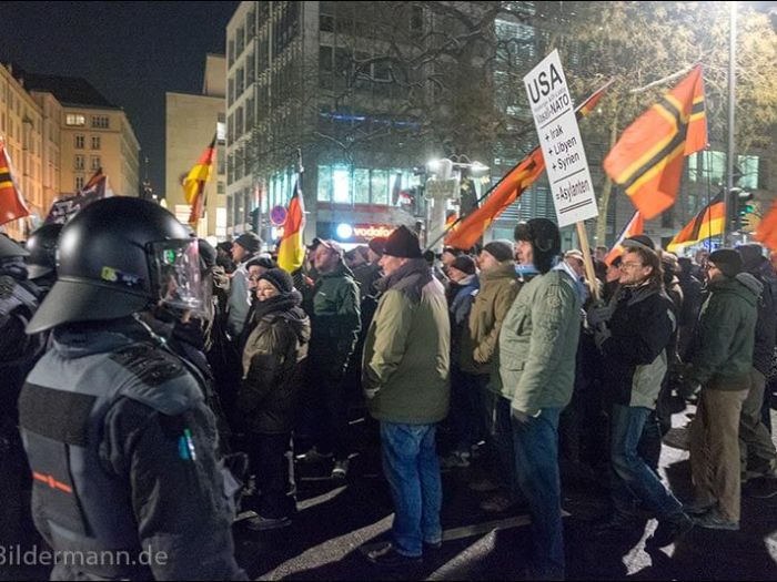 Foto: ''PEGIDA'' - Demonstration am 18.01.2016 in Dresden