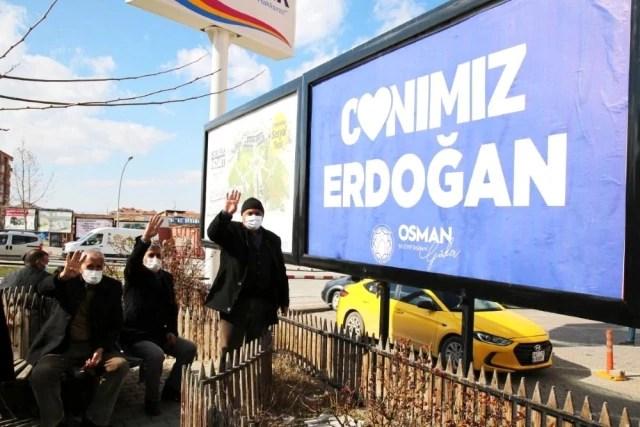 """Battalgazi'de """"Canımız Erdoğan"""" görseli büyük ilgi gördü"""