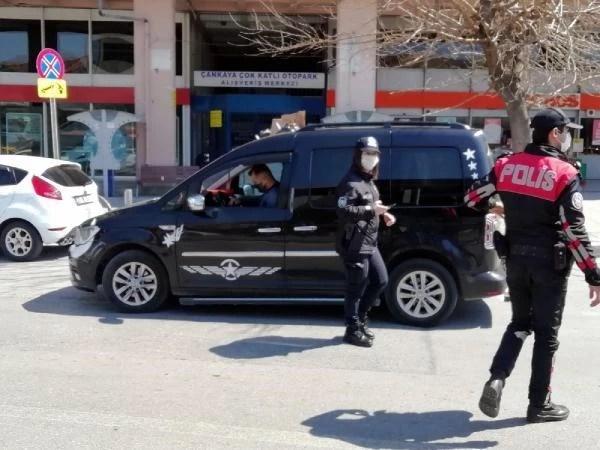 İzmir'de vakalar arttı, denetimler sıklaştı