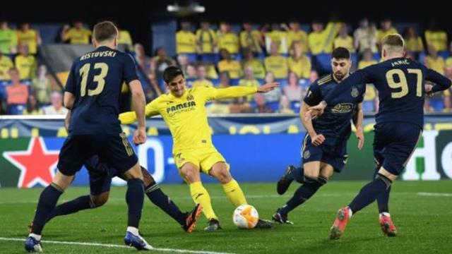 UEFA Avrupa Ligi'nde Arsenal, Manchester United, Roma ve Villareal yarı finale yükseldi