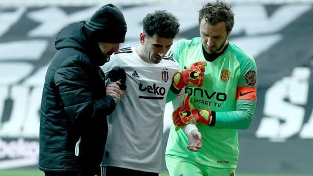 Şampiyonluk yolundaki Beşiktaş'a, Cenk'in ardından bir kötü haber de Oğuzhan'dan geldi