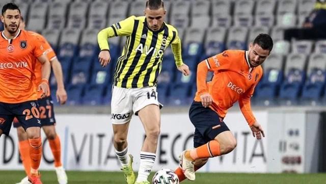 Pelkas, Başakşehir'e attığı golle efsane Alex de Souza'yı yakalamayı başardı