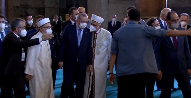 cumhurbaskani erdogan ayasofya camii nde kuran i 14163576 968 m
