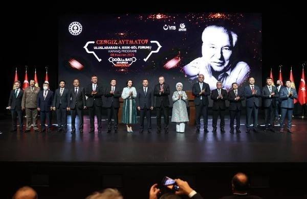 Erdoğan: Coğrafyamızı mankurtlardan kurtardıkça geleceğe güvenle bakacağız