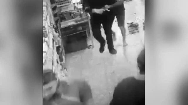 Son dakika... Markette müşteri ile tartışan kasiyer, kurusıkı tabancayla ateş açtı