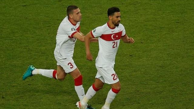 Milli Takım'da kavga skandalı! İki futbolcu birbirine girdi