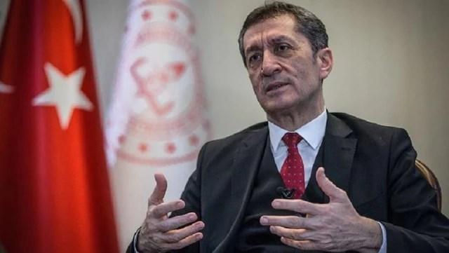Milli Eğitim Bakanı Selçuk, kardeşinin okullara 25 milyon liralık satış yaptığı iddialarını yalanladı