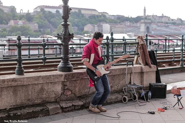idag_20140504_gitarist