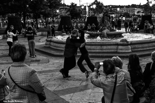 street_20140509_tango