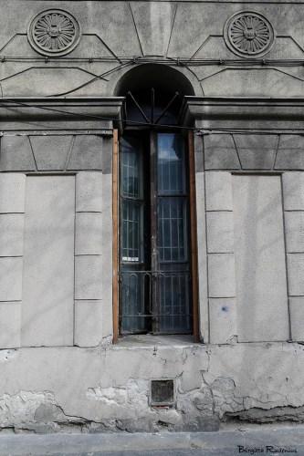 bw_20150407_window0