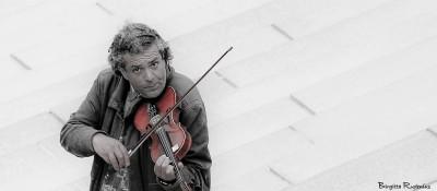 people_20150322_violinist0