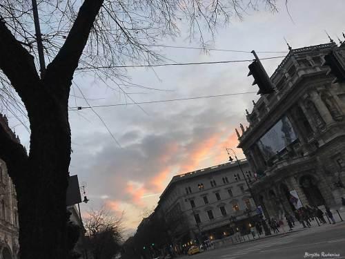 Opera Sky, Budapest