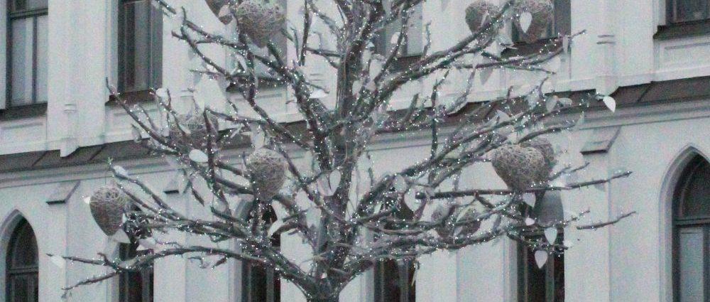 Hjärtträdet på Stortorget i Örebro