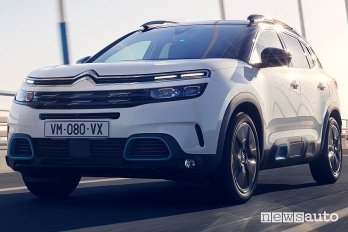Front bumper and headlights Citroen C5 Aircross Hybrid plug-in