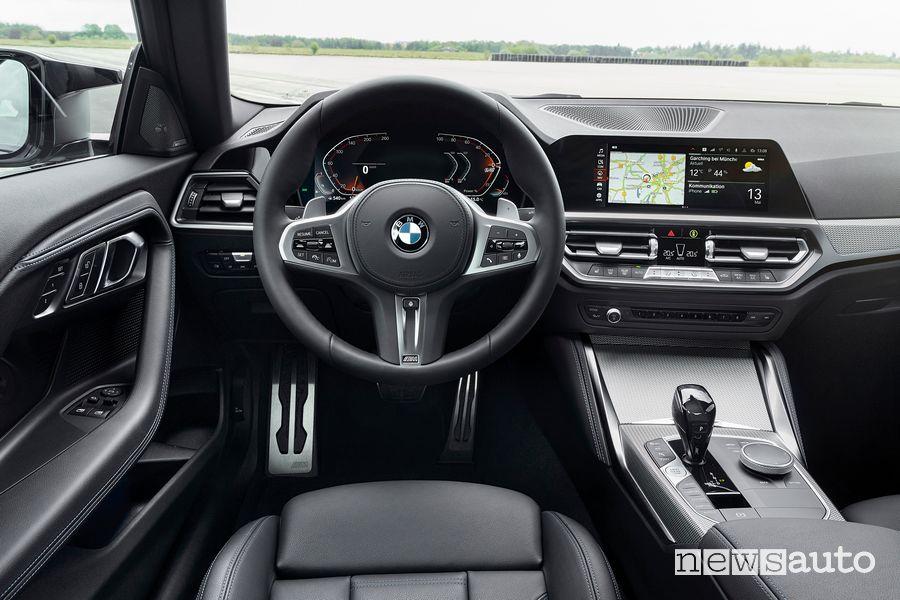 BMW 2 Series M240i xDrive Coupé cockpit instrument panel