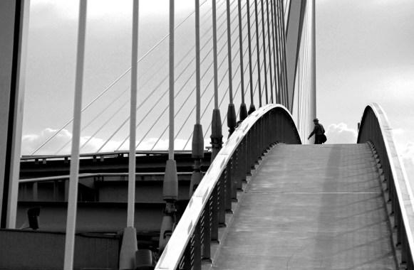 Menschen & Brücken