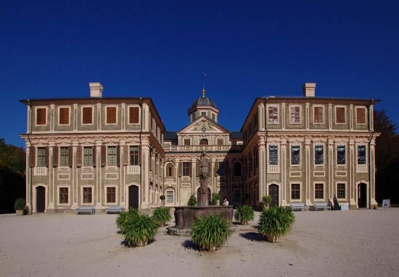 Schloss Favorite