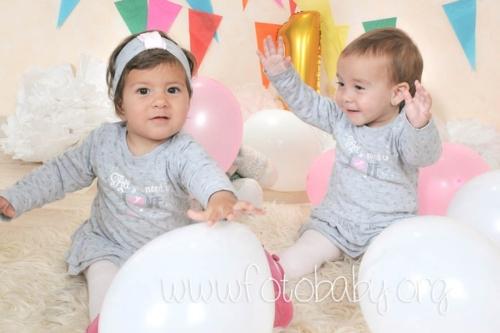 Smash-the-Cake-Sesión-de-Cumpleaños-en-Granada-FotoBaby-fotografa-infantil-bebes-familias-embarazo