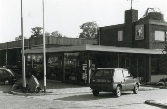 Showroom-garage J.H.Trip 1975