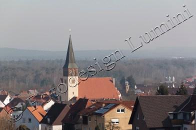 Katholische Kirche und evangelische Kirche (klein neben der Großen) in Kindsbach