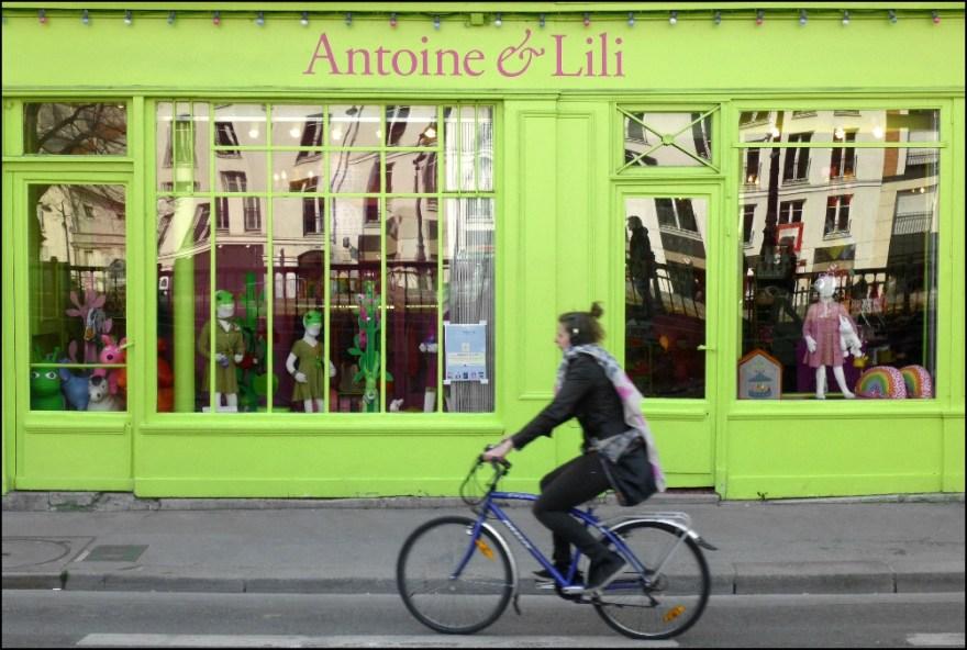 Radfahrerin, Paris 2013