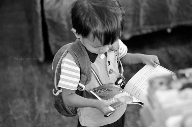 bigbadwolf_surabaya_toddler_reading