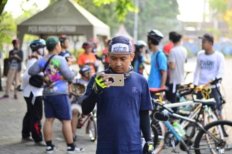 efahmi subcyclist sepeda mobile videographer