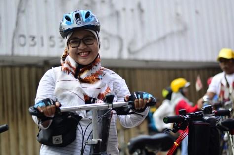 efahmi subcyclist sepeda smile girl