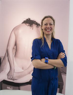 Viviane Sassen bei der Vernissage ihrer Ausstellung im Fotografie Forum Frankfurt
