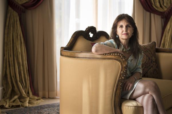 "Salpi Bostanian, 59, Los Angeles, 2013. Aus ""terra arMEnia"", www.terraarmenia.com"