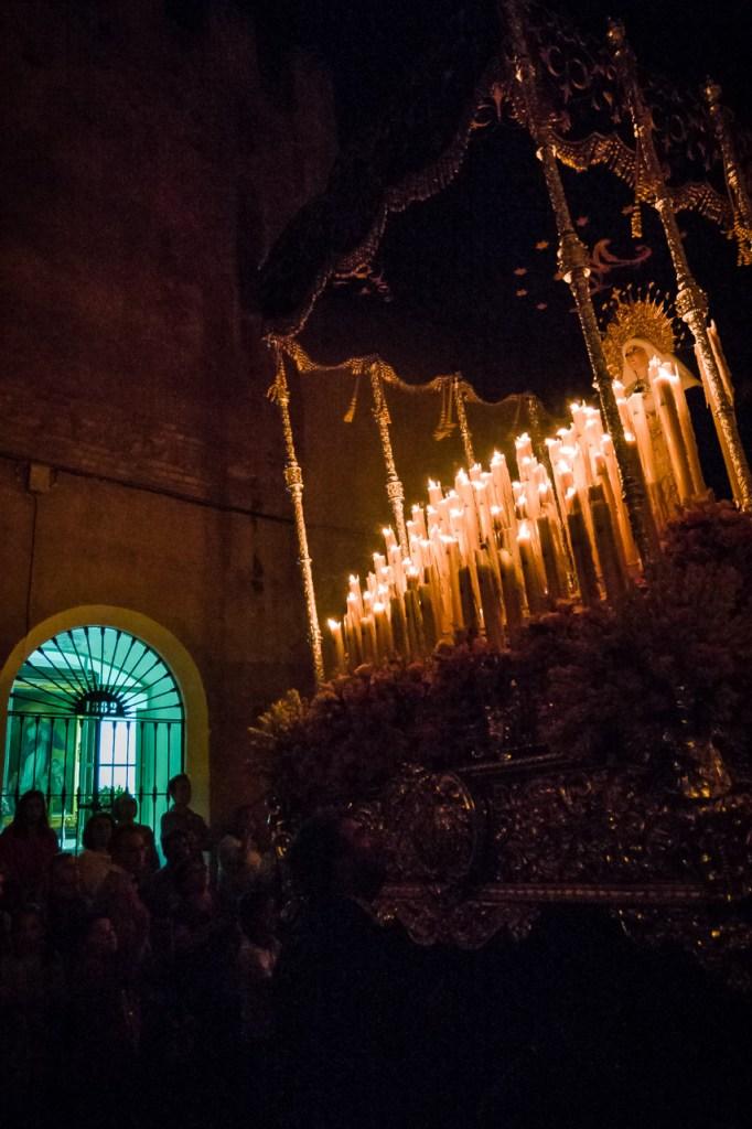 Virgen de los Dolores por la calle Carrera