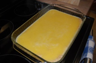 pour lemon topping over crust
