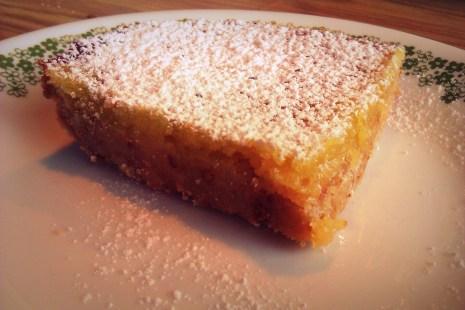 top lemon bar with icing sugar