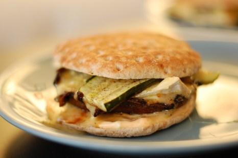 Portobello mushroom burgers with brie and zucchini