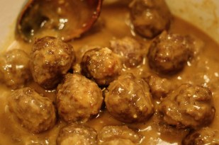 saucy tamarind meatballs