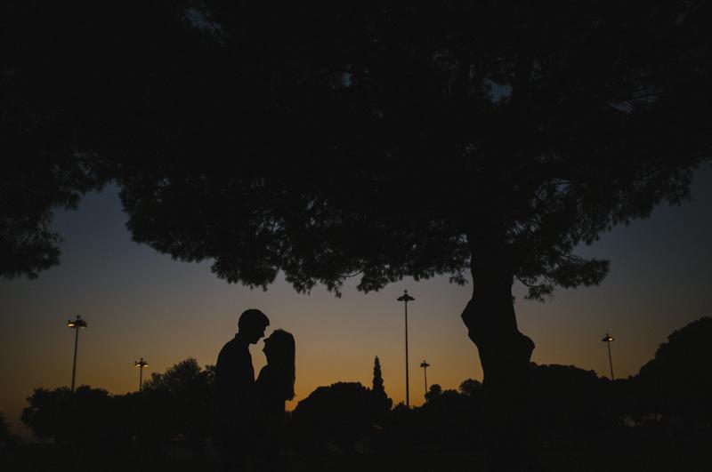 Lisbon wedding photographer - sillouete on sunset