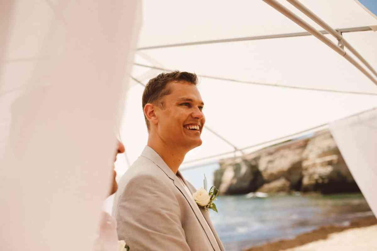 Secret beach wedding Portugal 034