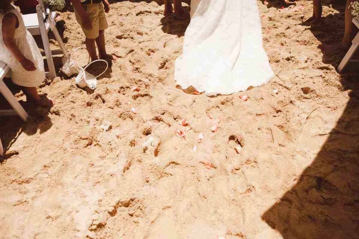 Secret beach wedding Portugal 038