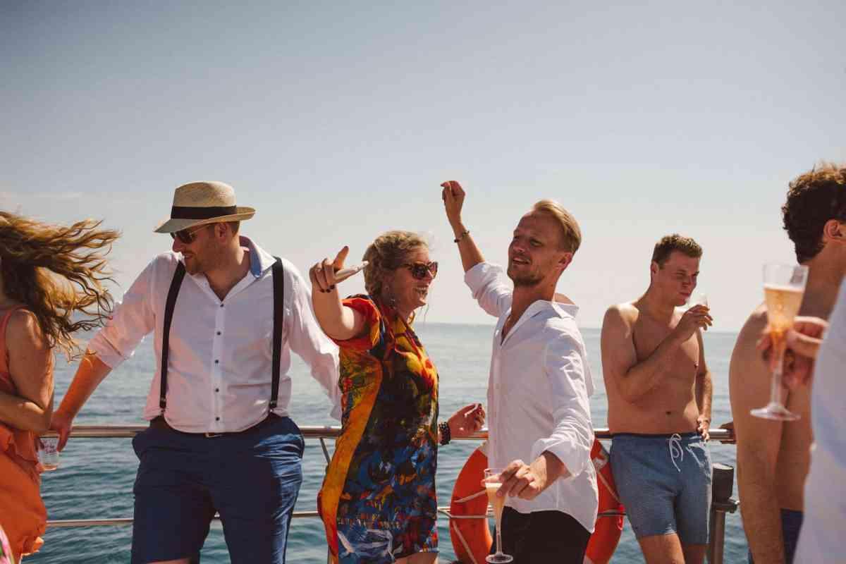 Secret beach wedding Portugal 066