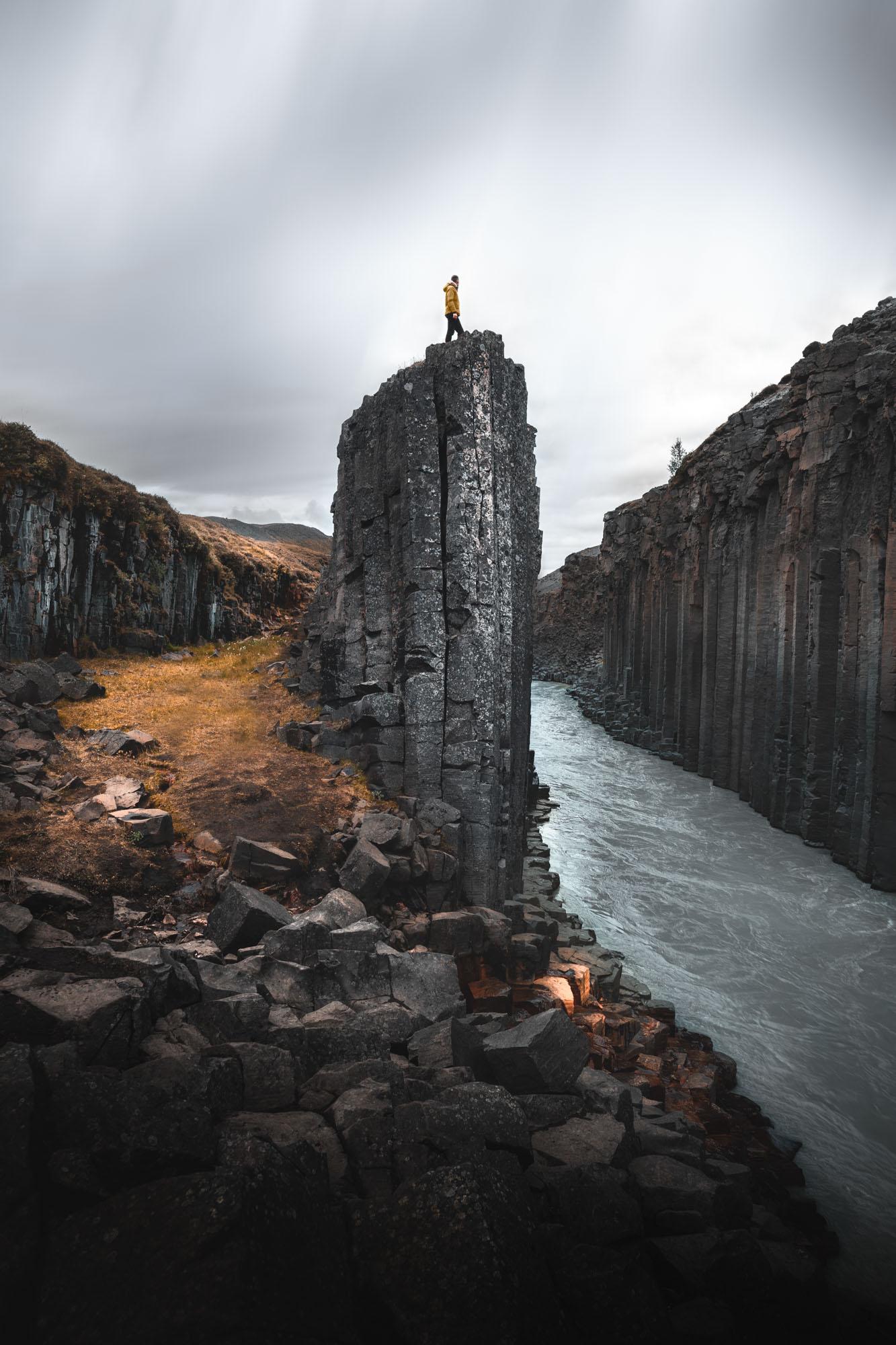 Acantilados y rio Islandia - Linzex